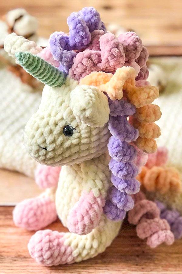 amigurumi-unicorn-free-crochet-pattern-2021