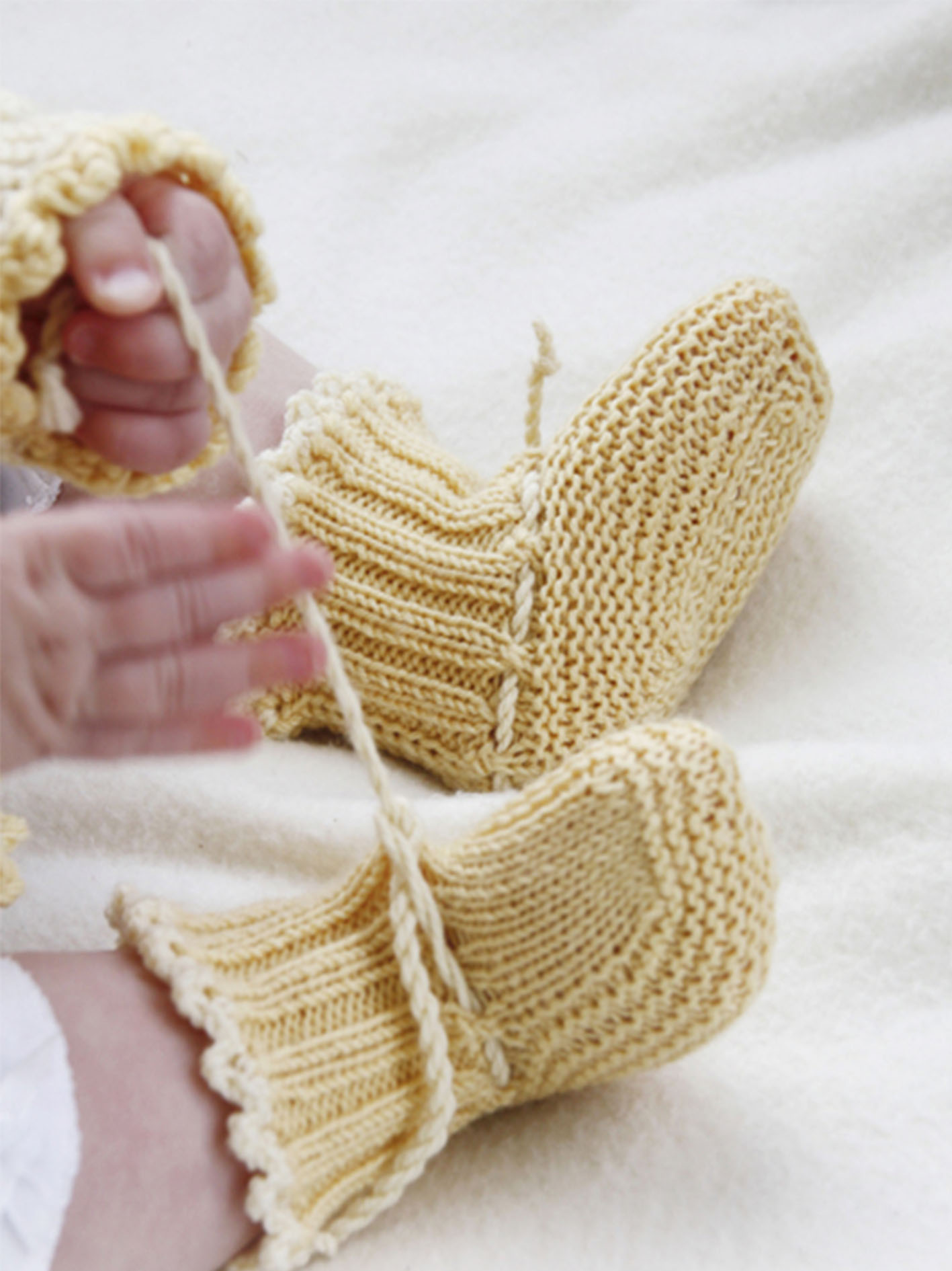 crochet-baby-booties-25-free-crochet-booties-for-babies-with-crocheted-patterns-new-2019