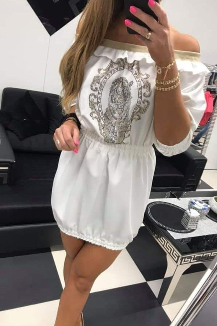 women-dress-fashion-26-new-model-back-and-neck-patterned-latest-trend-blouse-designs-2019