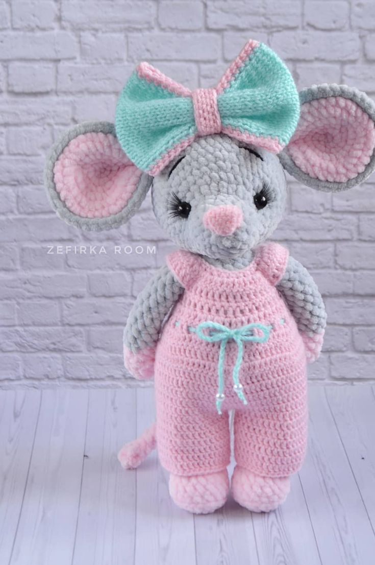 15 CUTE ANIMAL CROCHET TOY PATTERNS - Hello Wonderful | 1106x735